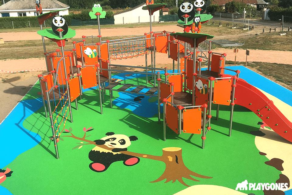 Aire de jeux avec dessins pour enfants à Aulnay sur Iton