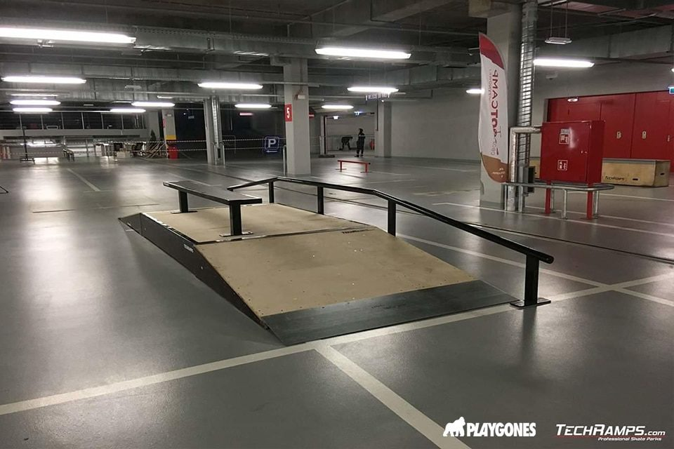 Rampes de skatepark en bois