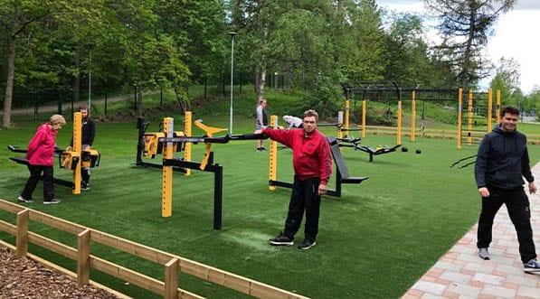 Exemple de parc de musculation outdoor en accès libre